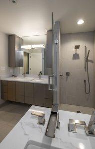 cleveland bathroom remodeling contractors